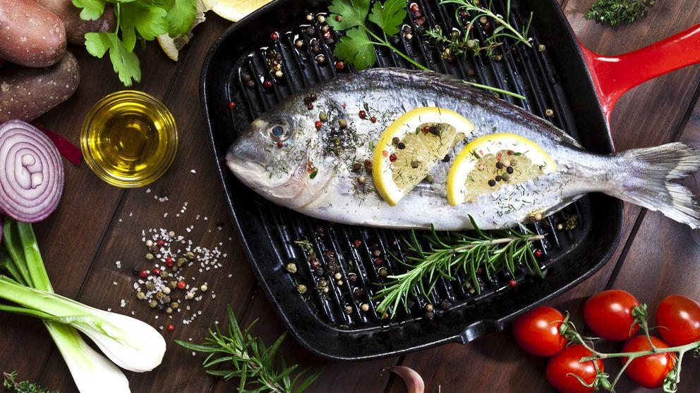Los pescados que es mejor hacer al horno y los que saben mejor a la plancha