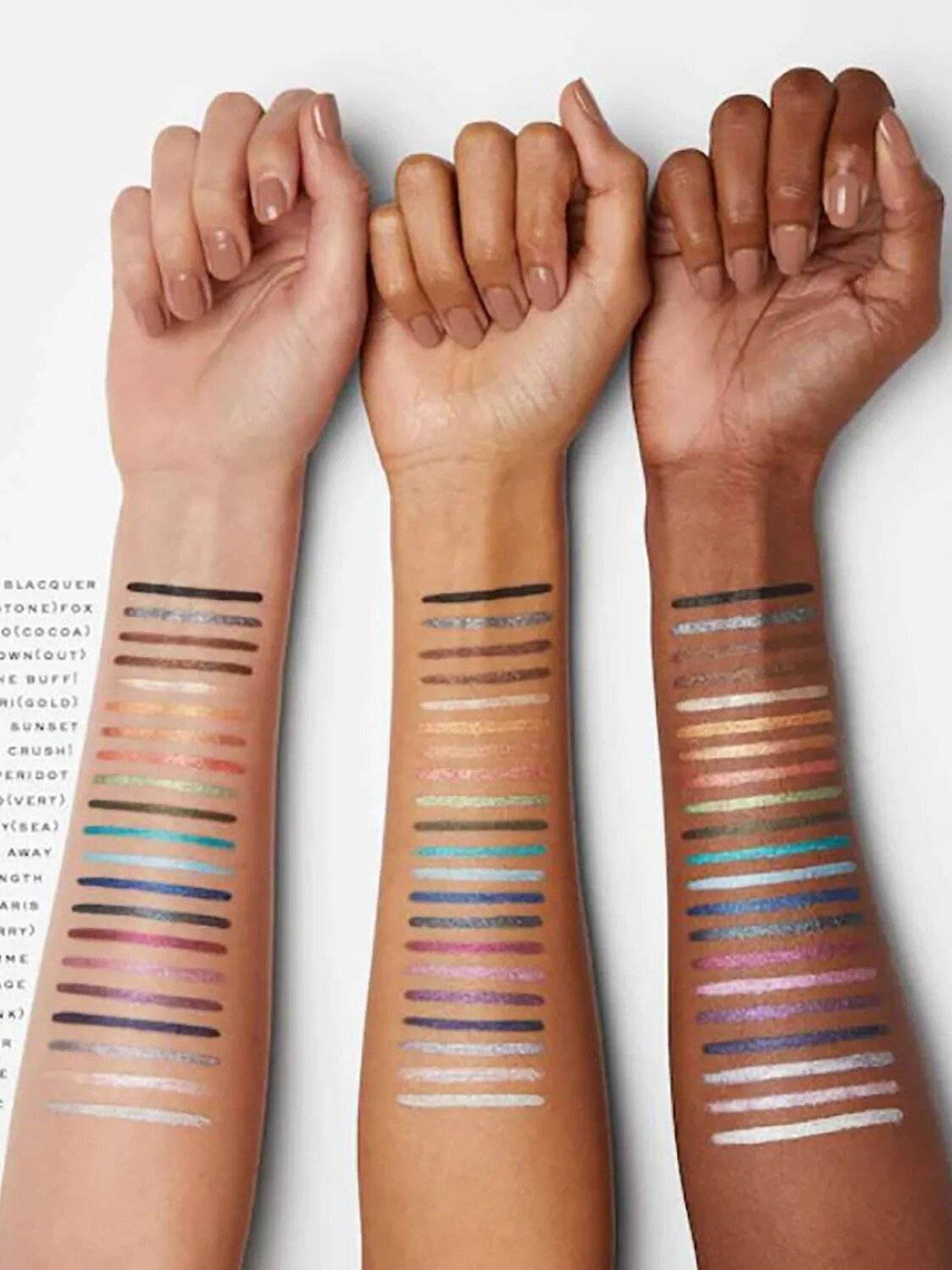 Lápices waterproof de Marc Jacobs sobre piel. (Cortesía)