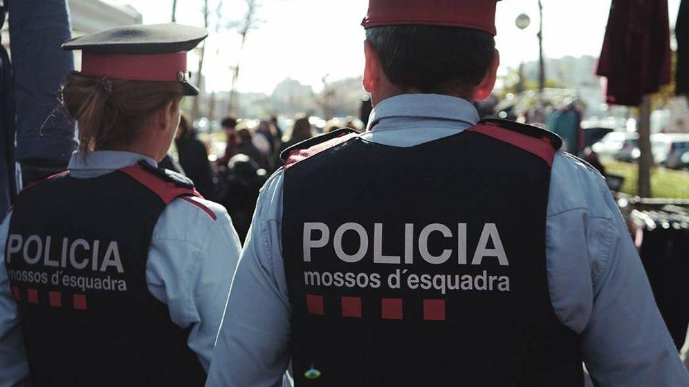 Foto: Mossos d'Esquadra de patrulla. (EFE)