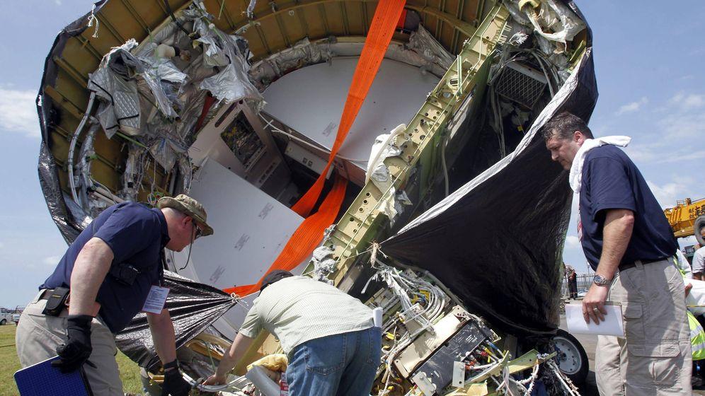 Foto: Investigación del Boeing 737 caído en Indonesia. (EFE)