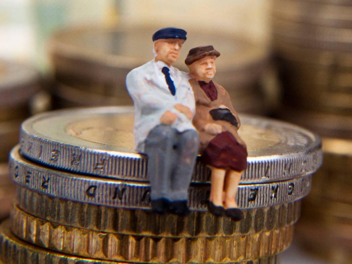 Pensiones: La Seguridad Social paga a los jubilados una pensión un 28%  superior a lo que cotizaron