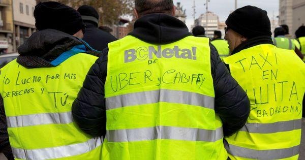 """Taxistas y riders amenazan la 'quedada' para 'startups' tras el Mobile: """"Son unos buitres"""""""