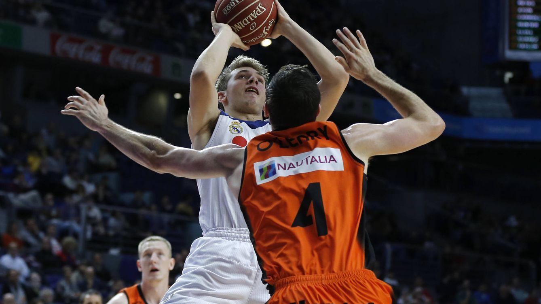 Foto: Doncic lideró el triunfo del Real Madrid contra el Montakit Fuenlabrada (ACB Photo(P. Castillo)
