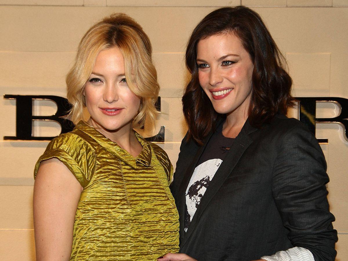 Foto: Kate Hudson y Liv Tyler, en una imagen de archivo. (Getty)