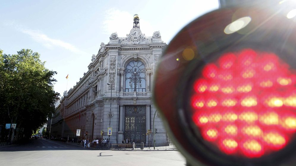 Foto: La fachada de la sede del Banco de España en la plaza de Cibeles. (EFE)