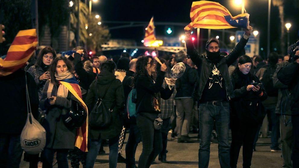 Termina sin incidentes la manifestación en Barcelona contra la visita del rey