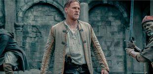 Post de 'Rey Arturo, la leyenda de Excalibur': un frenesí confuso y ridículo