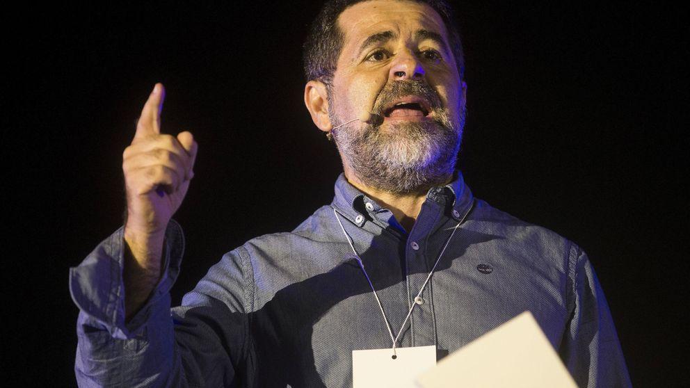 Sin paseos por el patio: el máximo castigo al que se enfrentan Junqueras y Jordi Sànchez