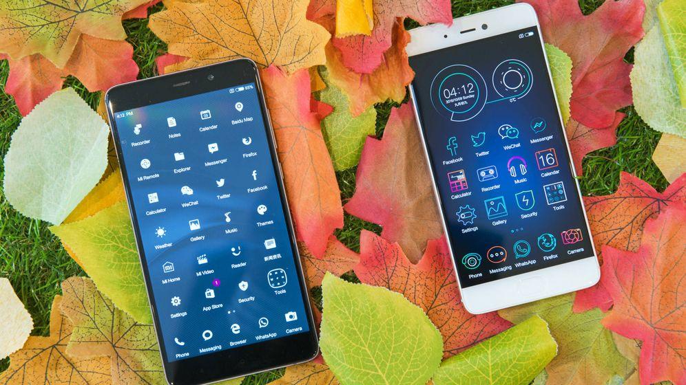 Foto: El Xiaomi Mi5s Plus (a la izquierda) junto al Mi5s. (Foto: Zigor Aldama)