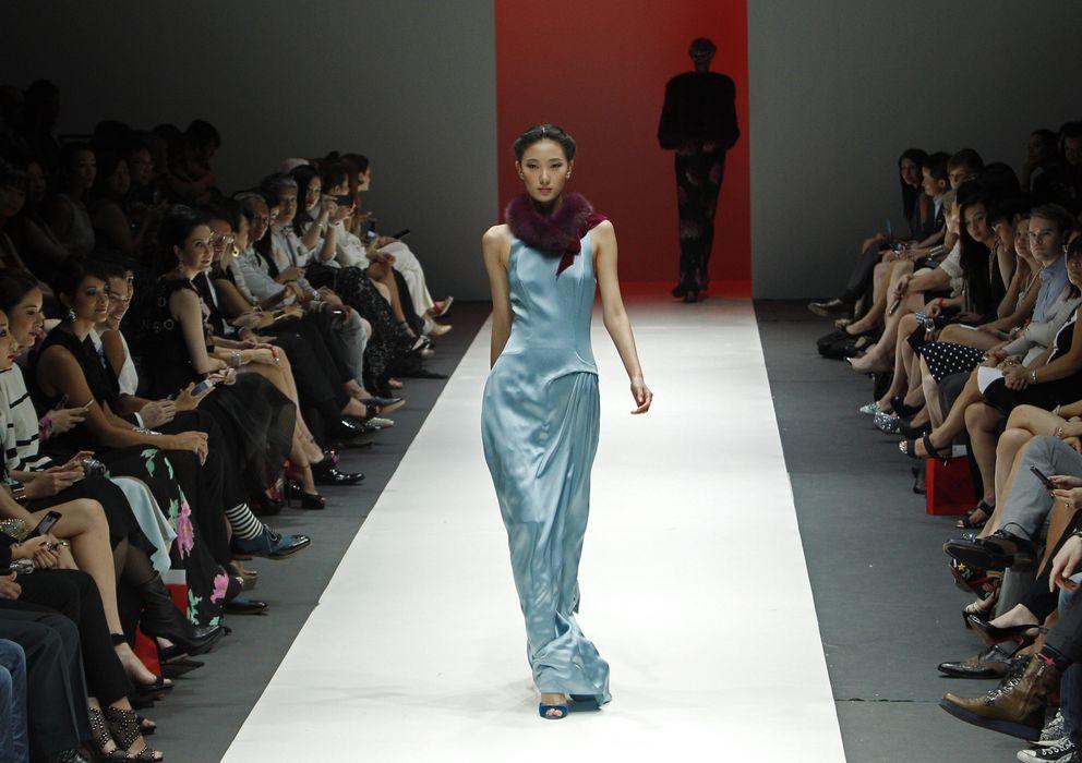 Foto: Una modelo presenta una creación de la colección de Carolina Herrera Otoño/Invierno 2013. (Reuters)