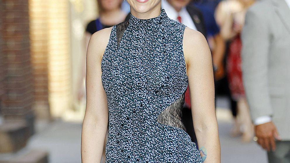 Scarlett Johansson, viral por un vestido transparente de los Globos de Oro