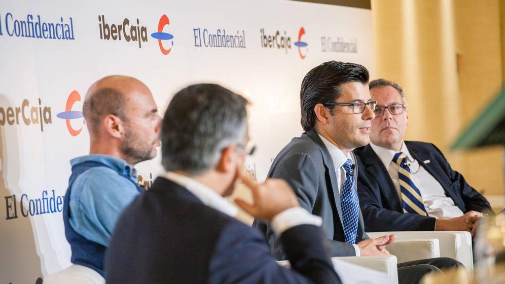 Foto: De izquierda a derecha: Joan Cavallé (Accenture), Orazio Corva (Car2Go), Javier de Azlor (T-Systems) y Ricardo Olalla (Bosch). (Foto: Jorge Álvaro Manzano)