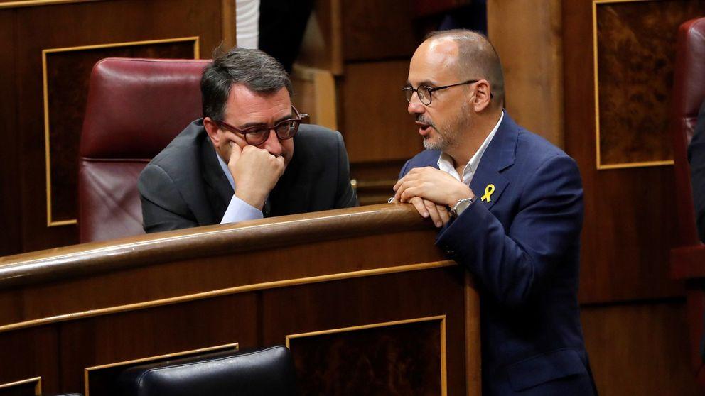 Un PDeCAT roto avias a Sánchez en la votación inicial de Mateo para RTVE