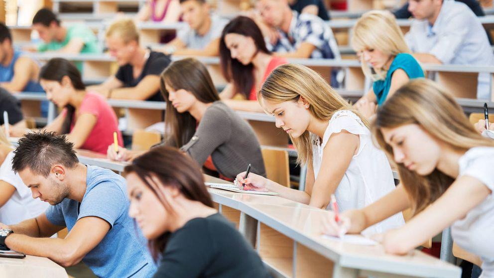 Carreras 'low cost' de dos años: este puede ser el futuro de la universidad