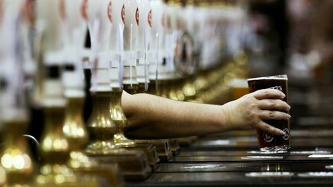 Reino Unido se está quedando sin cerveza, refrescos, ternera... por el CO2