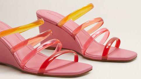Low cost: Las sandalias de tiras de plástico que adoras están en Mango