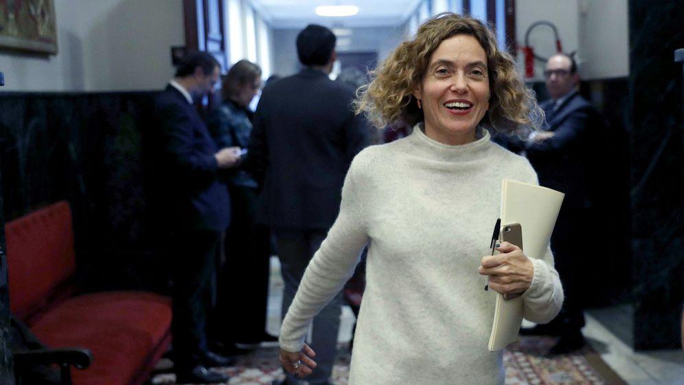 Foto: La diputada socialista Meritxell Batet a su llegada a una reunión de la Junta de Portavoces. (EFE)