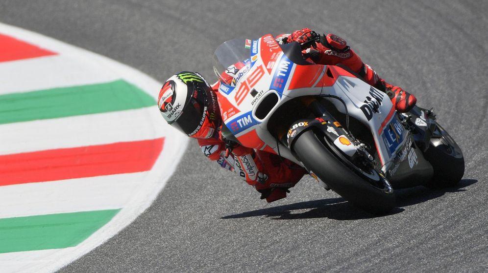 Foto: Jorge Lorenzo acabó octavo en el Gran Premio de Italia, a más de 14 segundos de su compañero Andrea Dovizioso. (EFE)