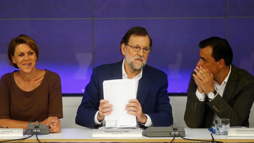 Foto: El presidente en funciones, Mariano Rajoy, junto a Maria Dolores de Cospedad y Fernando Martínez-Maillo durante el comité ejecutivo nacional. (Reuters)