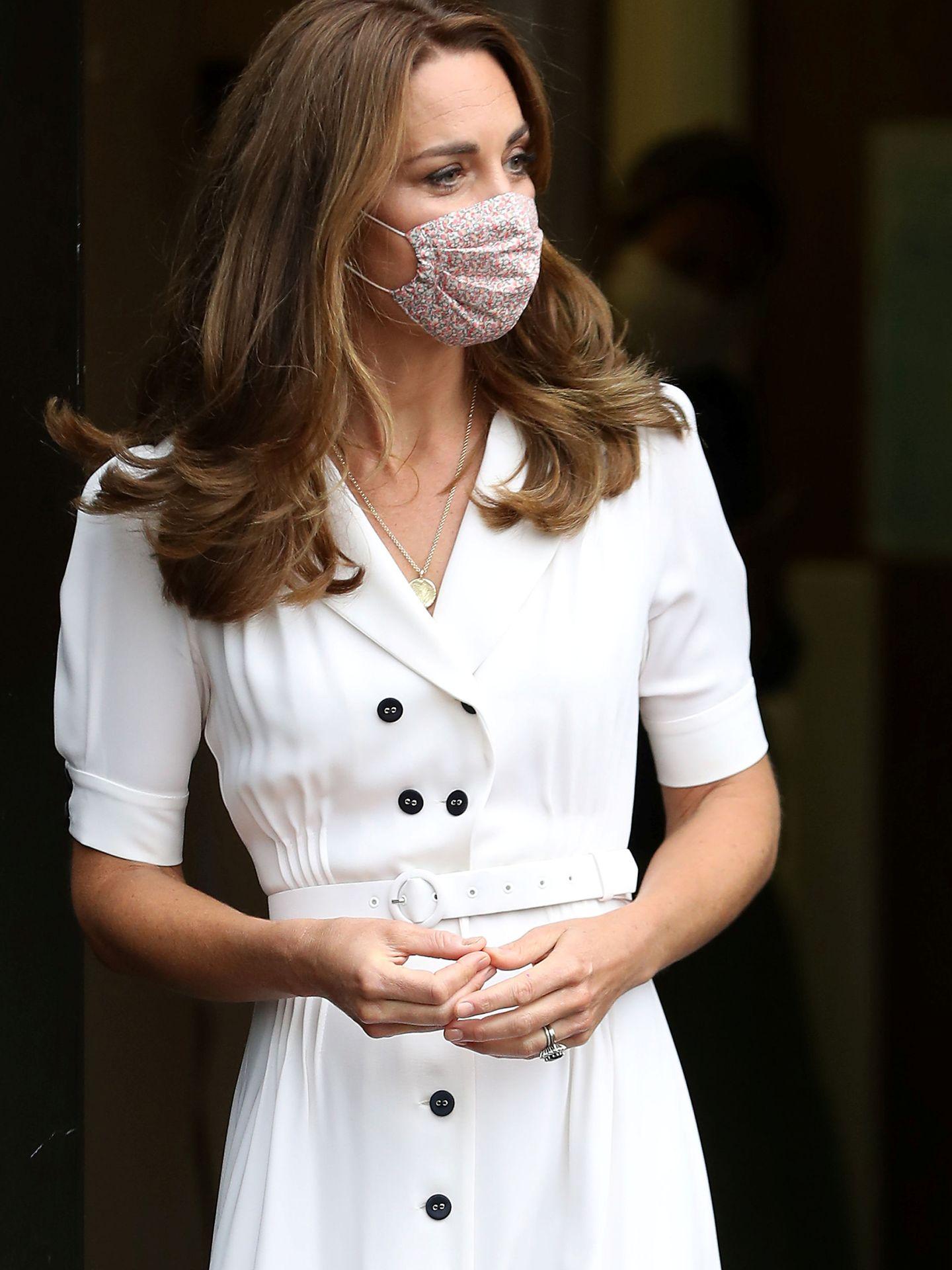 Kate Middleton y su nuevo look. (REUTERS)