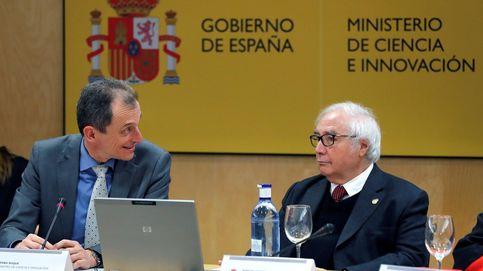 Castells cuestiona la sentencia contra UB y se alinea con el independentismo