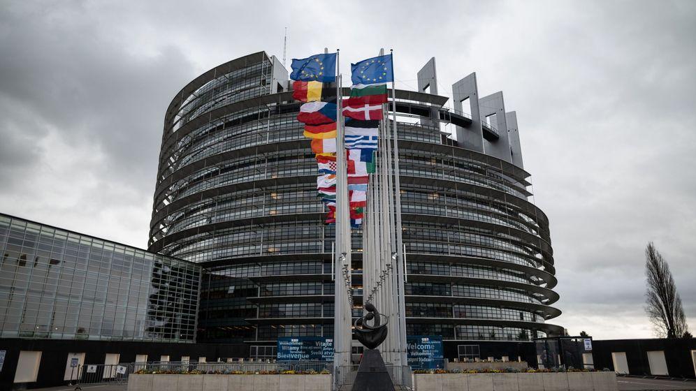 Foto: Baderas de la UE en Estrasburgo