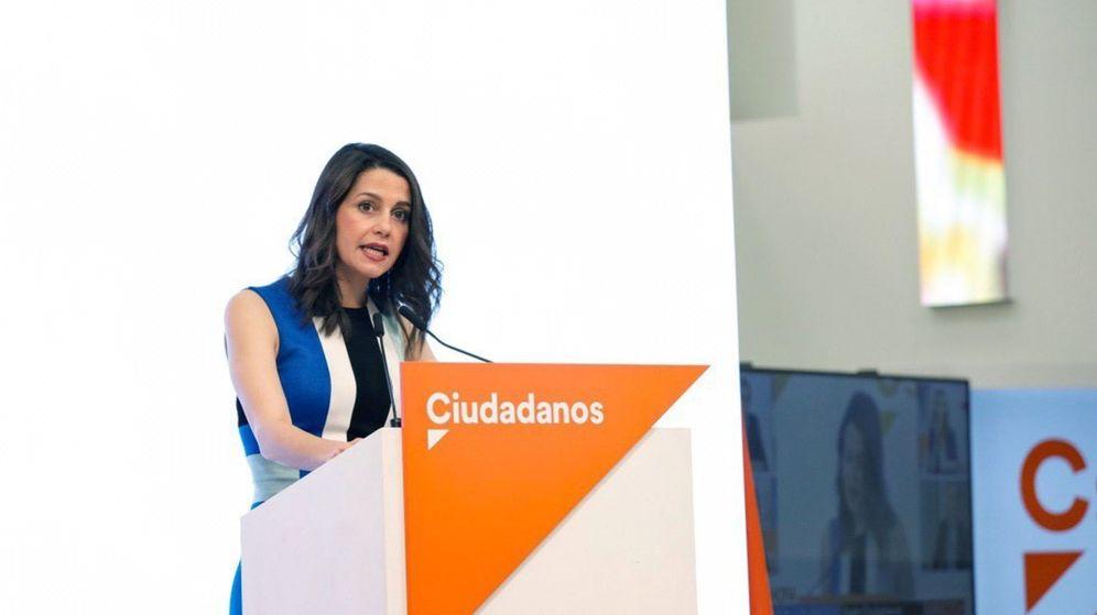 Foto: La portavoz de Ciudadanos, Inés Arrimadas, este lunes en rueda de prensa. (EFE)