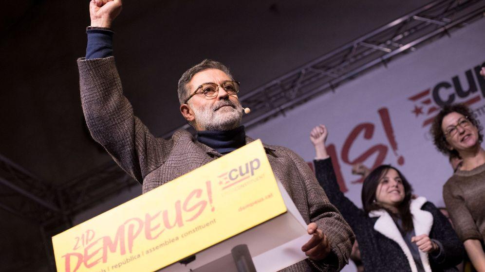 Foto: El cabeza de lista de la CUP, Carles Riera, en un acto de la formación. (EFE)