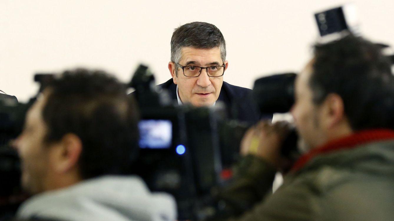 Foto: Patxi López, durante la reunión de la ejecutiva federal del PSOE de este 11 de enero, en Ferraz. (EFE)