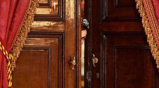 Los 12 OFNIS del armario de la reina Letizia
