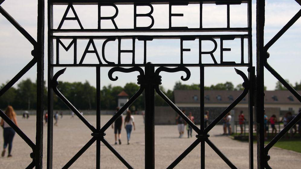 Foto: Entrada al campo de concentración de Dachau, cerca de Múnich, en agosto de 2017. (Reuters)