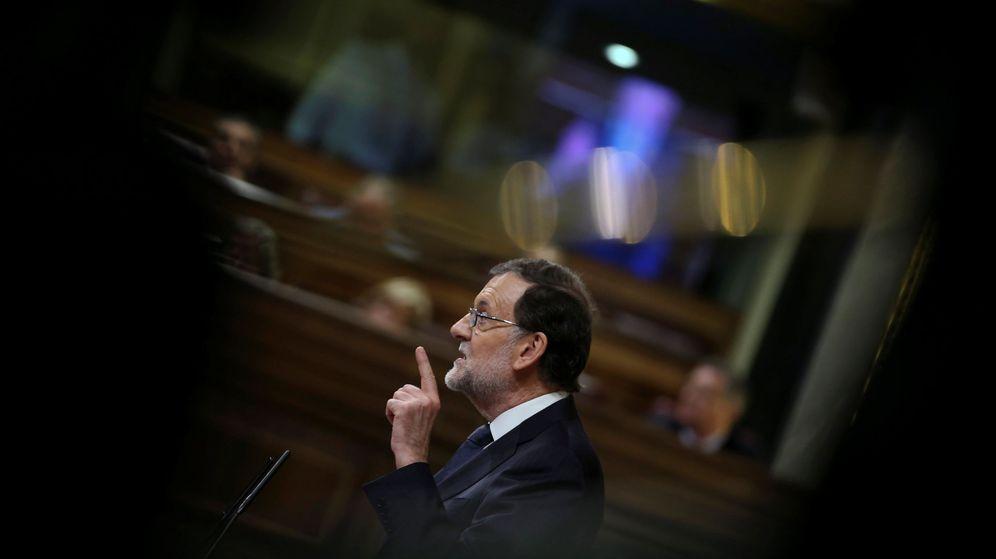 Foto: El presidente del Gobierno en funciones, Mariano Rajoy, durante el debate de la sesión de investidura. (Reuters)
