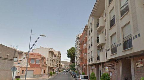Muere una mujer de 75 años tras caer desde un tercer piso en Hellín (Albacete)