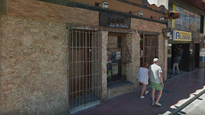 El Pedal, uno de los pubs históricos de Santa Pola, está regentado por De Marchis y sus hermanos.