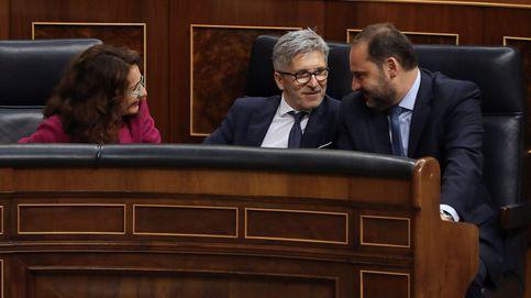 No habrá tregua en agosto: PP y Cs redoblan la presión al Gobierno