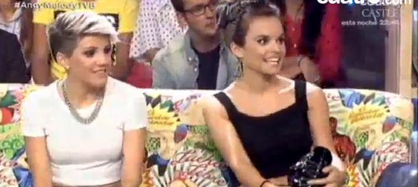 Foto: Melody (d), durante la entrevista en el programa 'Todo va bien'