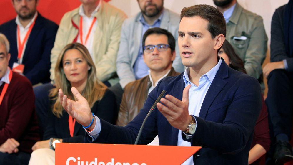 Foto: El presidente de Ciudadanos, Albert Rivera, durante su intervención en el Consejo General de Ciudadanos. (EFE)