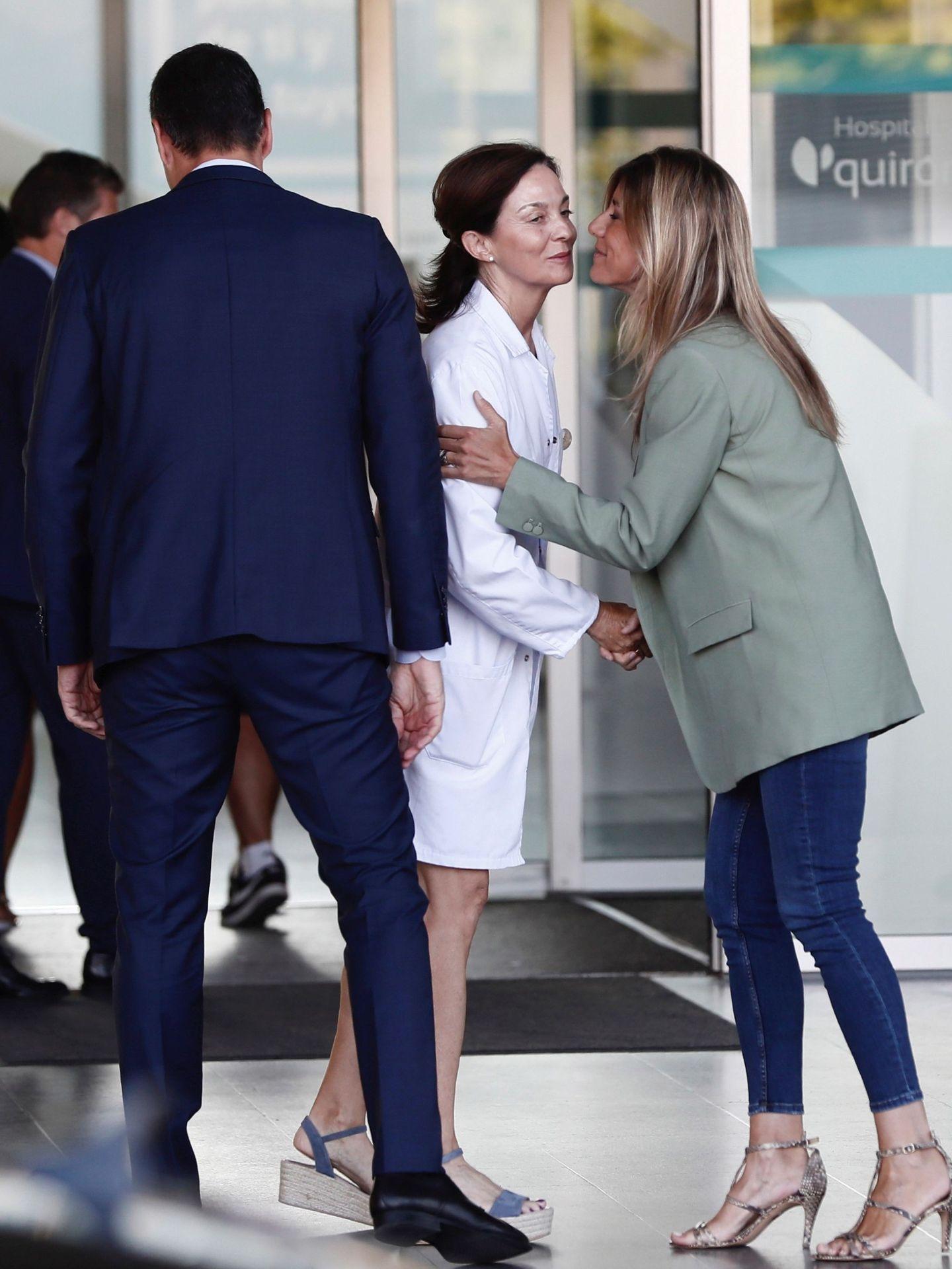 El presidente y su mujer, a su llegada. (EFE)
