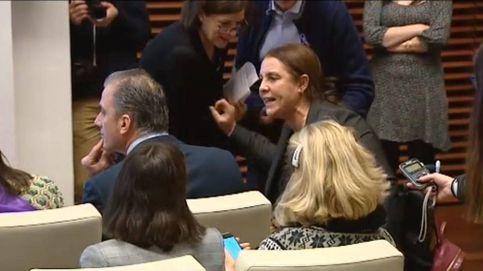 Vox se plantea expulsar al concejal que llamó asquerosa a la mujer que increpó a Smith