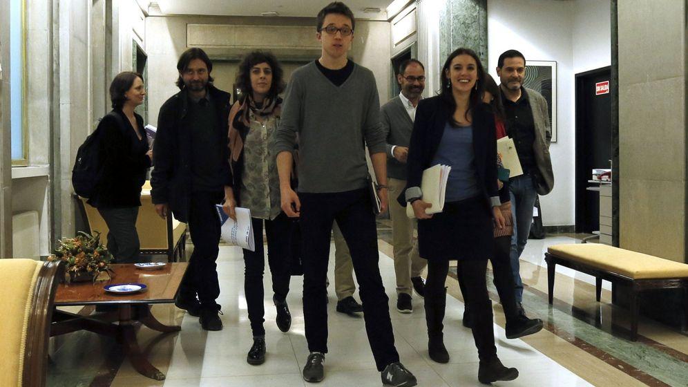 Foto: Íñigo Errejón encabeza el equipo negociador de Podemos, del que forman parte En Comú y En Marea. (EFE)