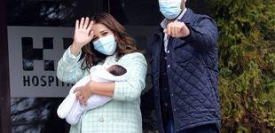Post de La salida del hospital de Paula Echevarría y el tierno encuentro de los hermanos