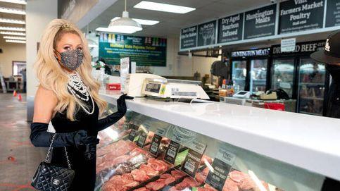 El nuevo armario 'ayuser' de Paris Hilton con vestidos de estilo Tamara Falcó o Levy