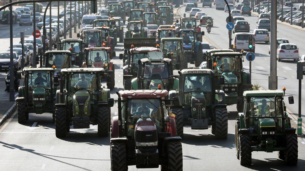 Multitudinaria tractorada: miles de agricultores colapsan varias ciudades