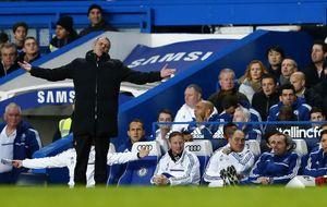 Mourinho estalla contra su rival: Me podía traer la Black and Decker para tirar el muro