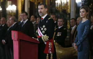 Felipe VI se suma a la llamada al optimismo nacional de Rajoy