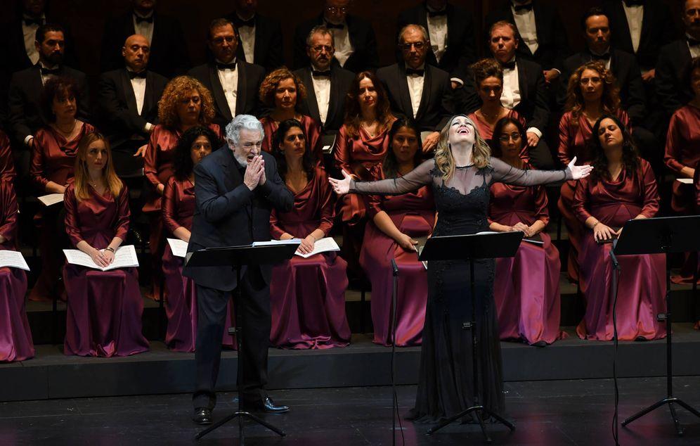 Foto: Plácido Domingo y Nino Machaidze en el Liceo (Liceu)