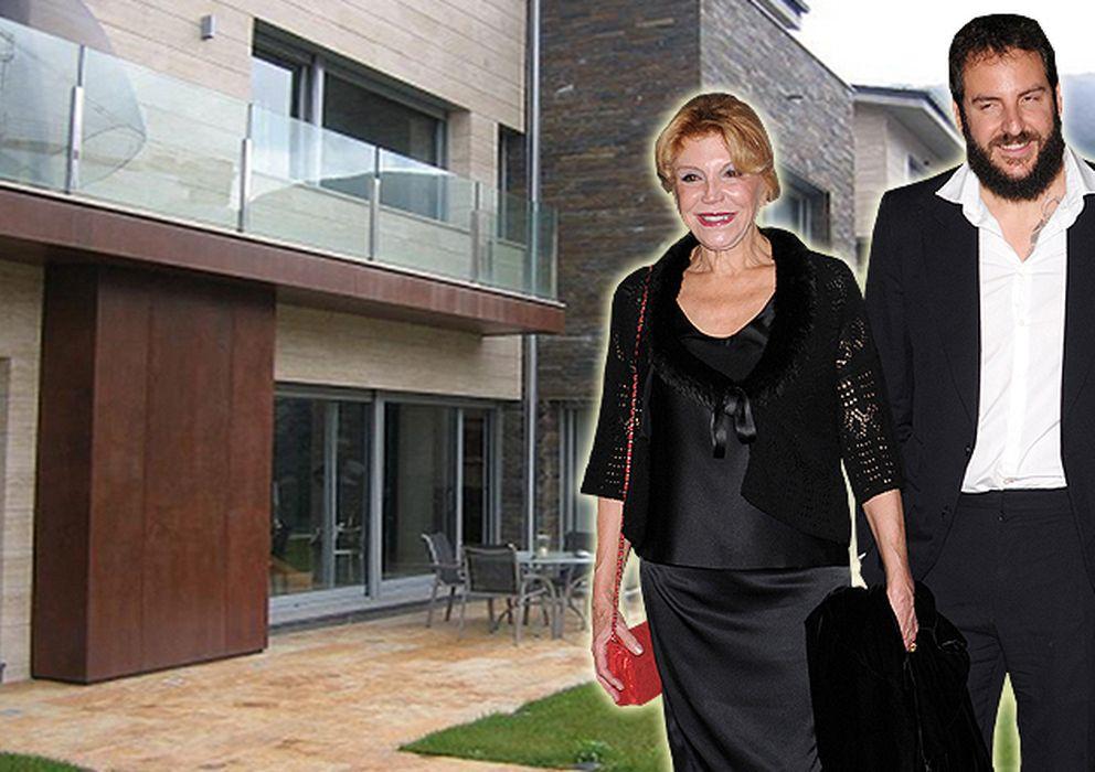 Foto: Tita, Borja y Blanca han pasado unos días en Andorra para comprar dos casas
