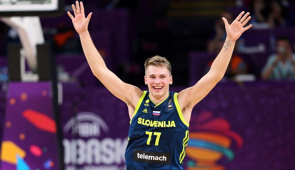 Foto: Luka Doncic rozó el triple doble en el España-Eslovenia de semifinales del EuroBasket. (EFE)