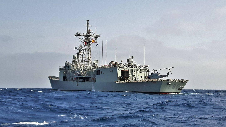 La fragata Canarias (F-86) durante la Operación SOPHIA. (Juanjo Fernández)