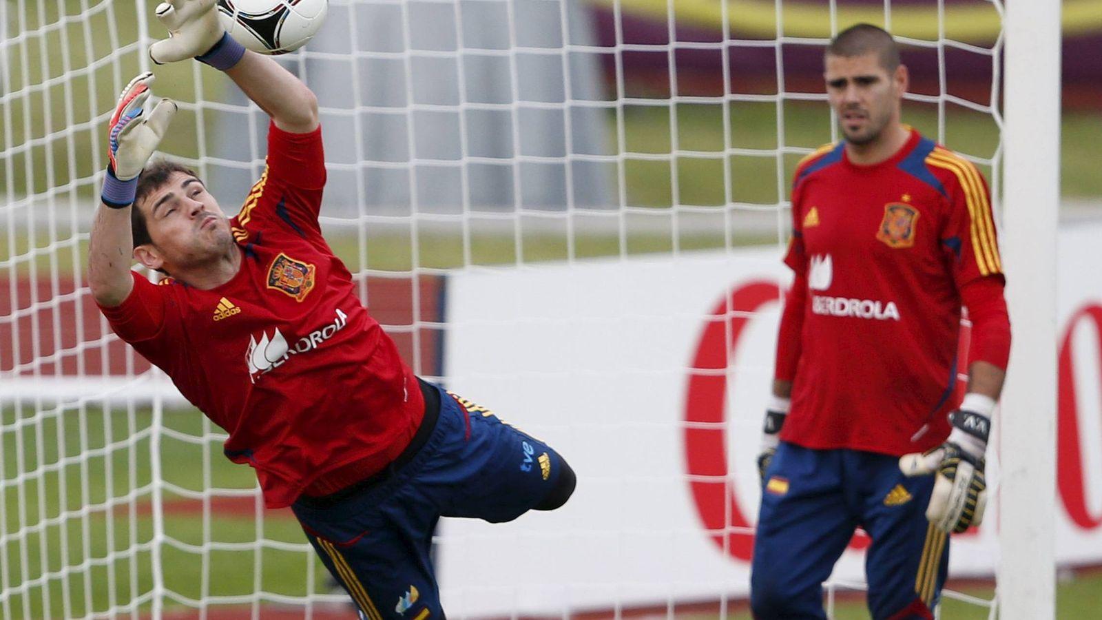 Foto: Casillas y Valdés coincidieron en la Selección entre 2010 y 2014. (EFE)